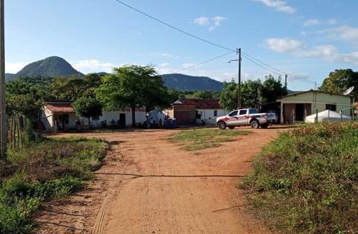 Falsos vacinadores são suspeitos de furto em área rural de Itaporanga