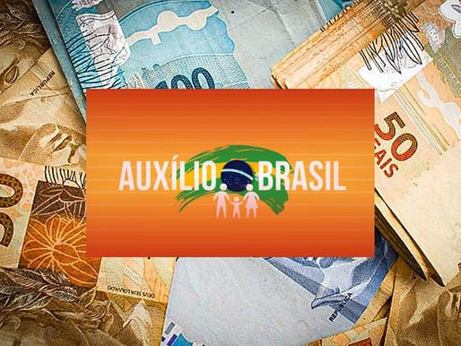 Auxílio Brasil terá reajuste de 20% e famílias receberão R$ 400 até 2022