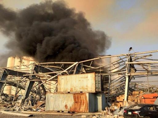 Forte explosão em Beirute mata 10, fere centenas e causa abalos