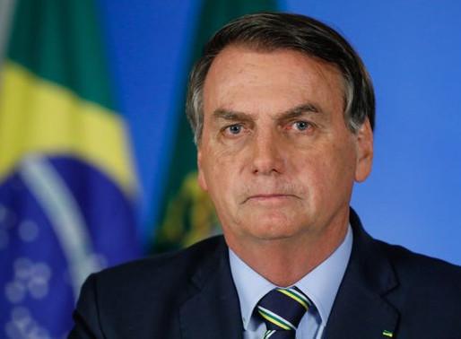 'Governo busca se antecipar aos graves problemas sociais', diz Bolsonaro