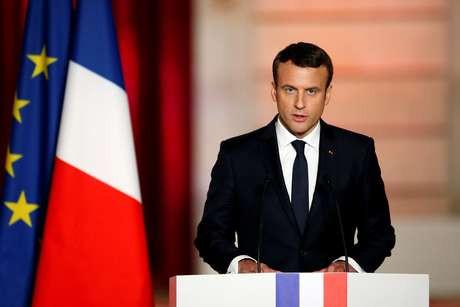 Presidente da França Emmanuel Macron testa positivo para Covid-19