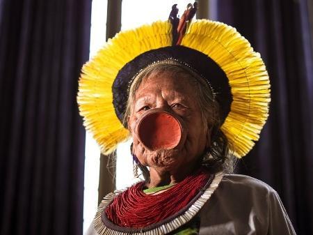Raoni, maior líder indígena do Brasil, anuncia voto em Lula em 2022