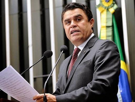 Wilson Santiago requisita criação de um Laboratório de Saúde Pública no Sertão da PB