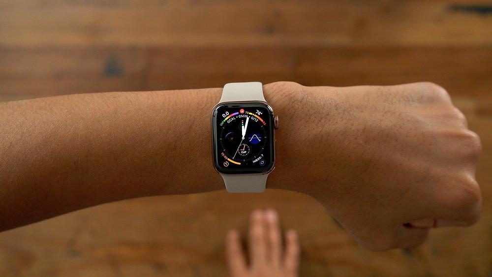 A Apple se une à Eli Lilly para estudar como o iPhone e o Apple Watch podem ajudar a detectar demência