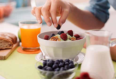 Matcha iogurte frutas