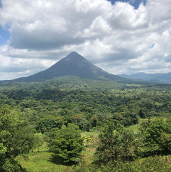 Arenal Volcano National Park in La F