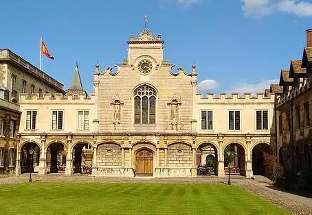 臻至教育:牛津和剑桥如何选择(1)