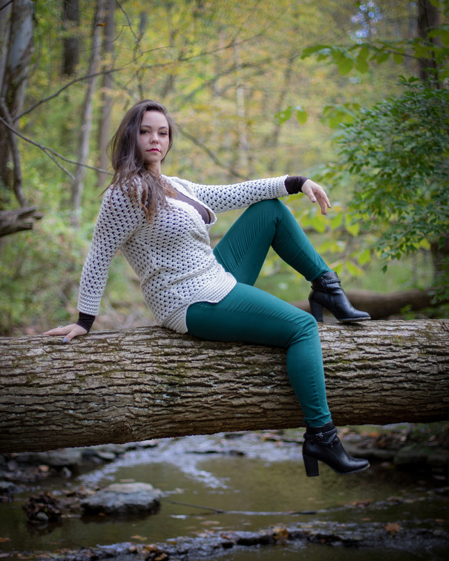 model session in Houck Stream Park in Oakwood, Ohio