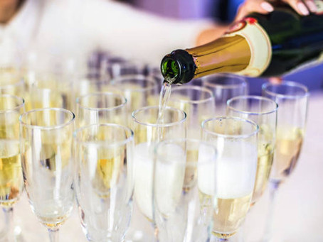 Rock the event with the best holiday party cocktail caterers in Atlanta!