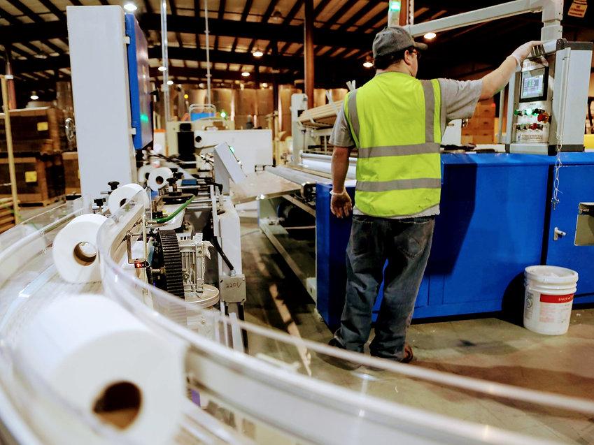 worker-matthew-niquettewoodward-251089bf