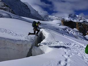 Gletscherspalte überwinden...
