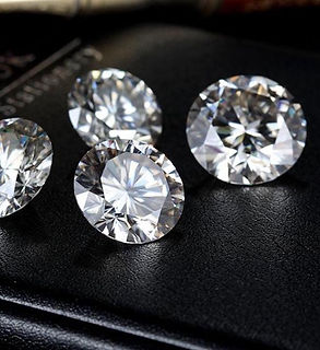 7mm-round-moissanite