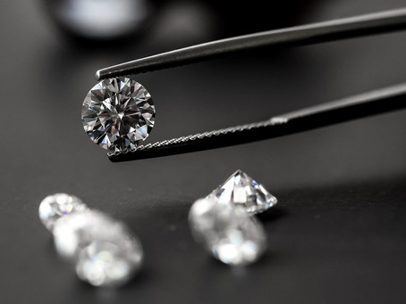 Searching for clarity in muddy water: diamond vs moissanite and diamond simulants