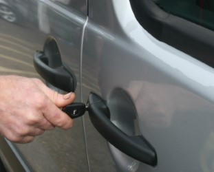 automotive locksmith clacton