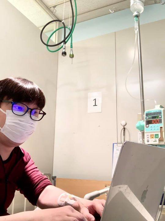 病室にてリモートワーク
