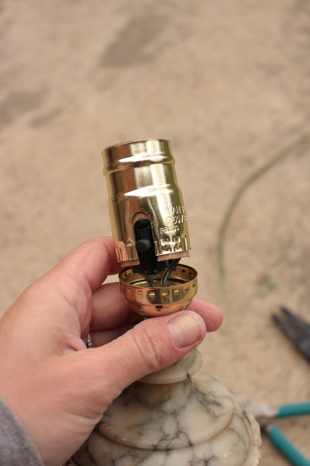 Rewire a Lamp - Tightening Things Up