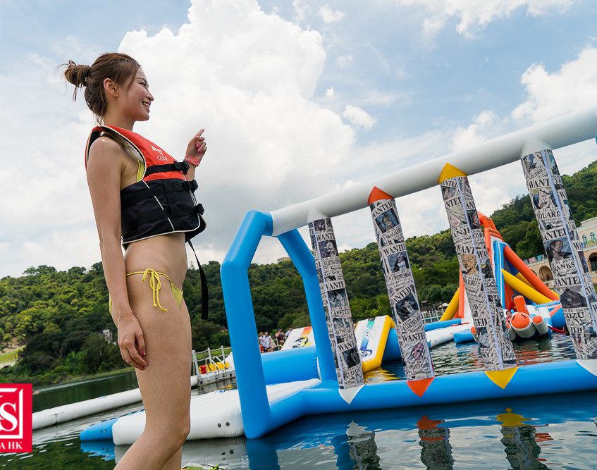 05 一眾參加者逐一挑戰草帽小子一伙 的水上障礙賽,齊齊踏上冒險之旅!