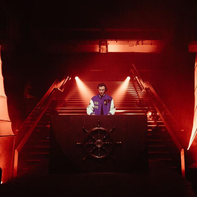 0337 DJ Benji B-22
