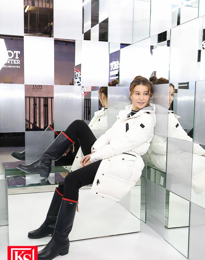 全新設計的「鏡房」,讓參加者在萬花筒般的角度,享受冰感極致體驗! (1)