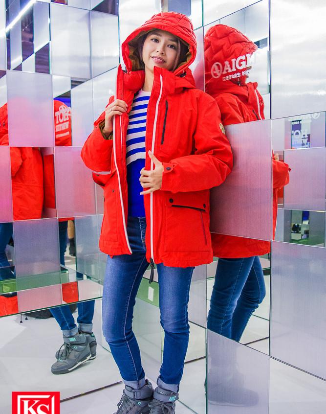 全新設計的「鏡房」,讓參加者在萬花筒般的角度,享受冰感極致體驗! (3)