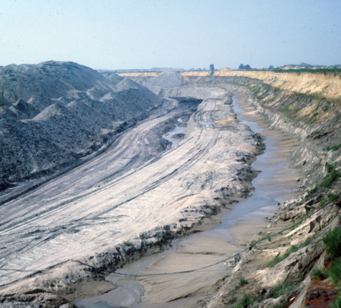 Strip Mining at Pit 11 Braidwood, Illinois, Photo Rich Rock