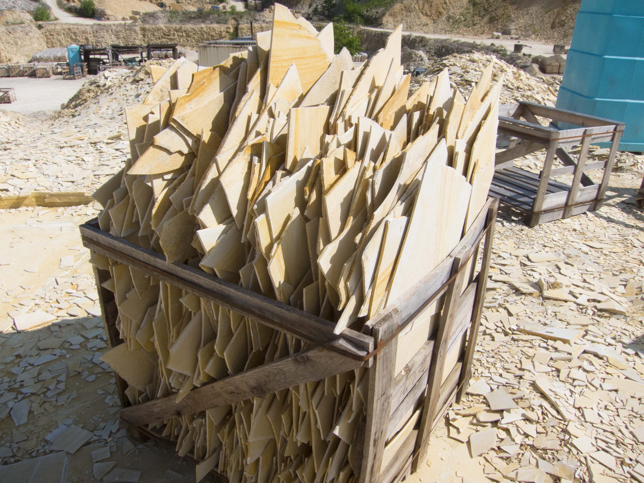 Rough Limestone material for tiles