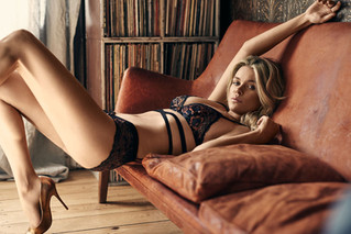 8 TIPS FOR A PERFECT LINGERIE SHOOT