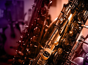 saxophone-3397023_1920.jpg