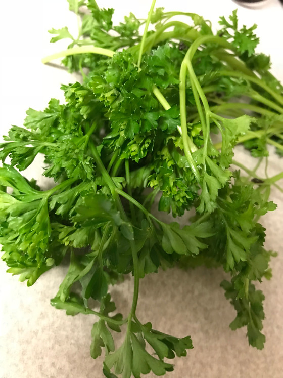 Why We Should Be Eating Parsley