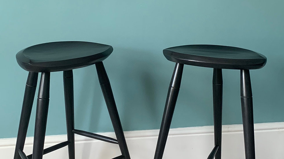 Wide Bar stool