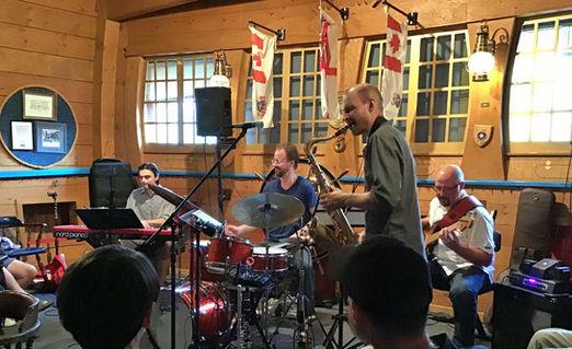 Mike Landoni Quartet