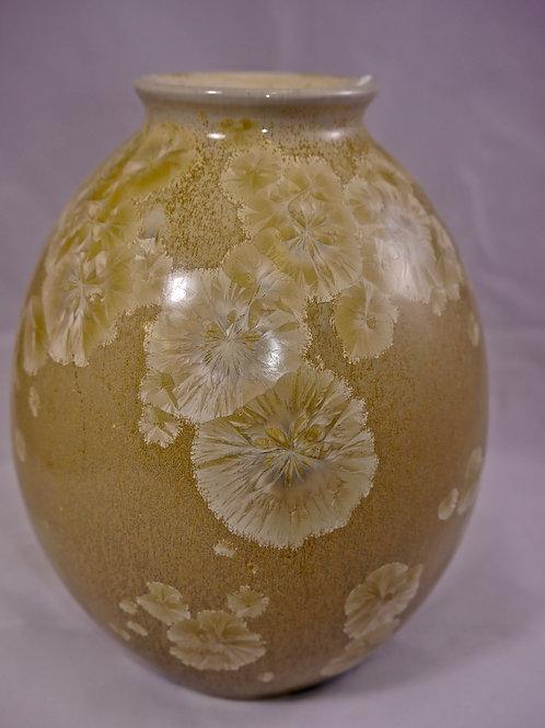 Medium rounded vase