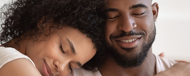 Closeup-Black-Couple-Man-Beard-Natural_e