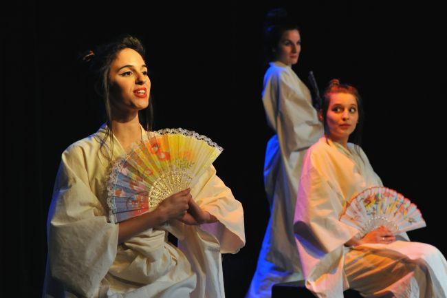 Article « À l'Option-Théâtre : Double suicide à Amijima »