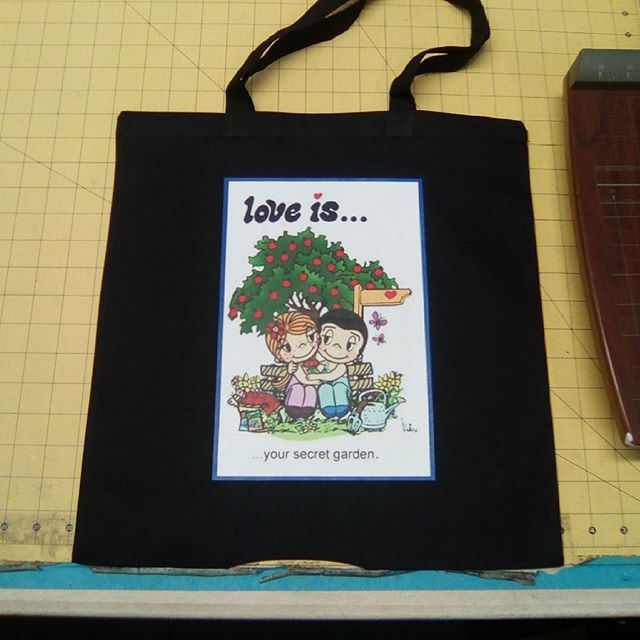 Why pay for Plastic bags_ Custom canvas tote bags , contact us today for pricing and color availabil