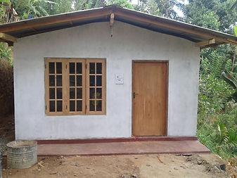 nieuw huis fam Rohana Pusselawa.jpg