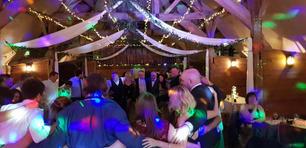 lains barn wedding.jpg