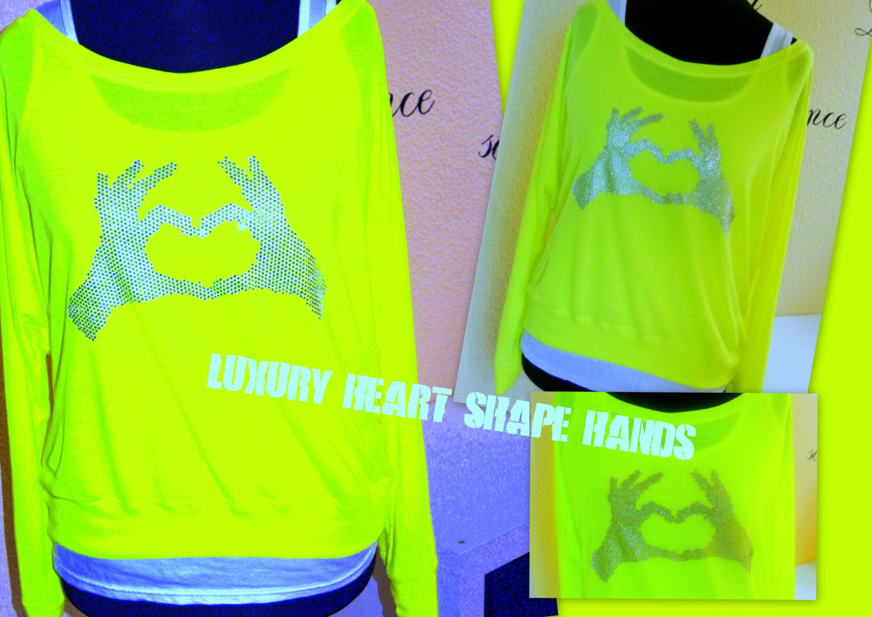 LUXURY HEART SHAPE HANDS