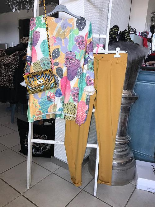 Pullover mit Skulls und Strass in 2 Farben - Preis incl. MwSt zzgl. Versand