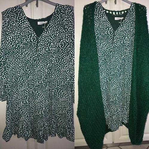 Kleid grün dots gemustert mit Volants - Preis incl. MwSt. Zzgl. Versand