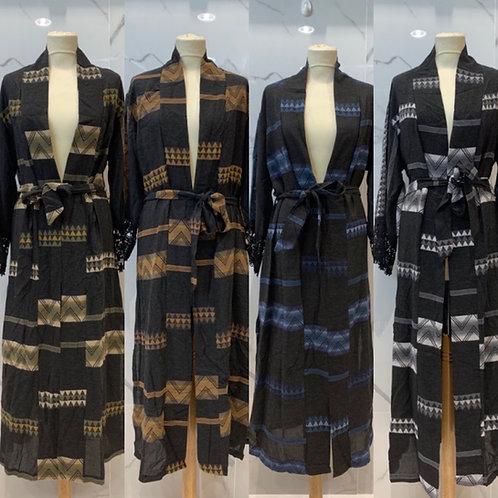 Viskose Maxi Kimono mit edlem Muster  - Preis incl. Mwst. Zzgl. Versand