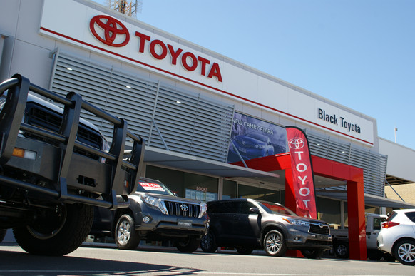 2010 - Black Toyota