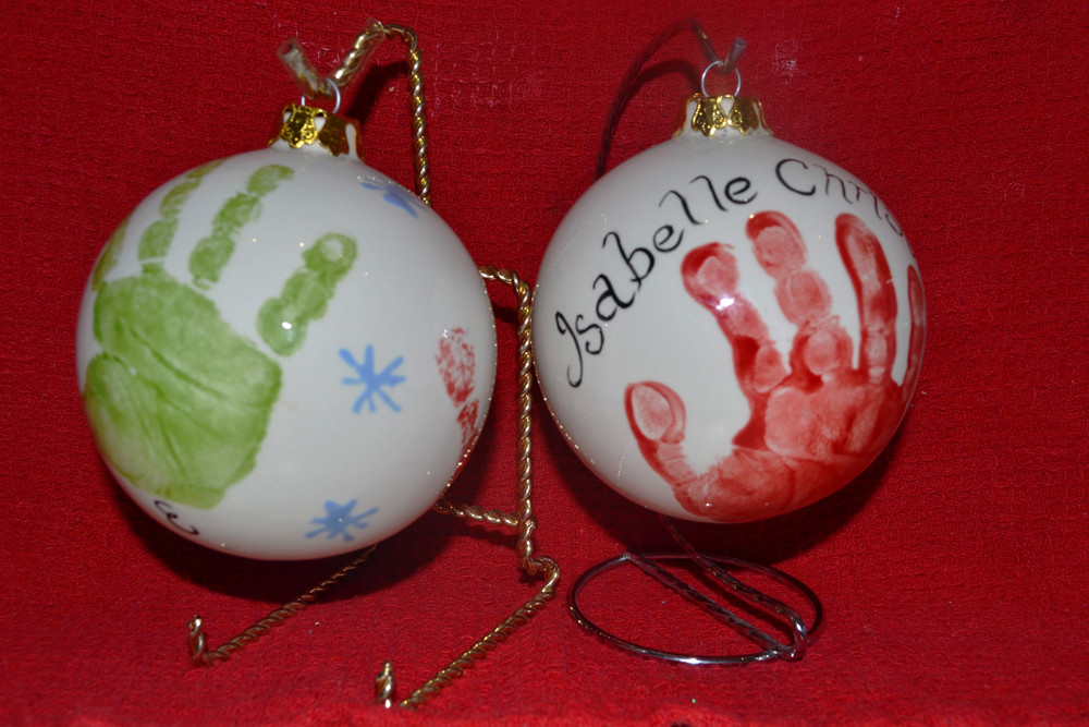 seasonalxmasbaubles.jpg