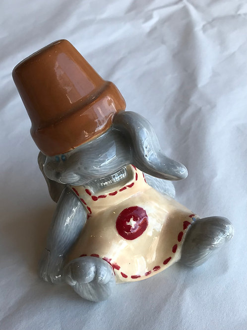 Crackpot Bunny Leaning