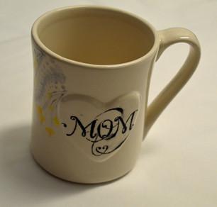 Mum's Heart Mug