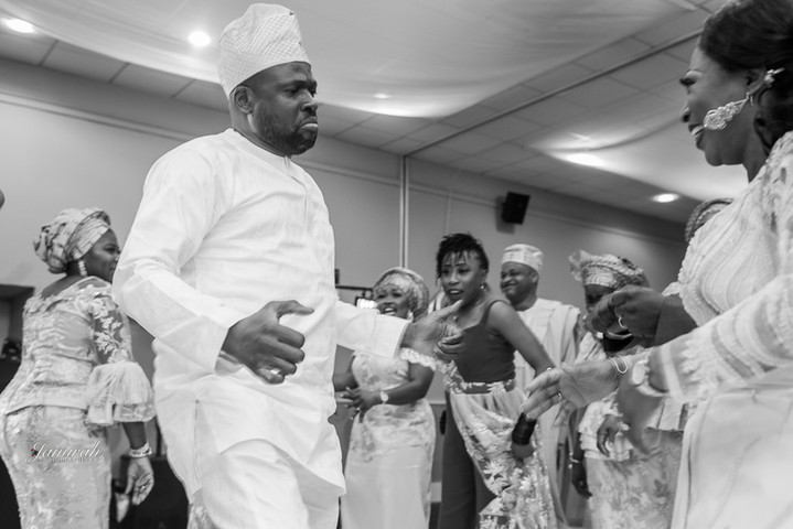 Nigerian Wedding DJ, Nigerian Dj, Wedding DJ, Nigerian Wedding DJ London, wedding reception, wedding ceremony, igbo, event