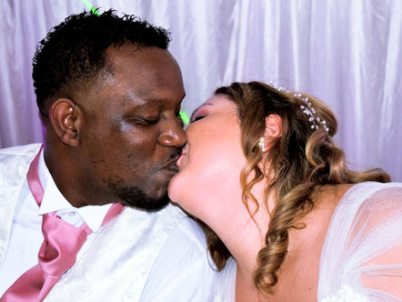 The Silver Kiss - Hire Wedding DJ