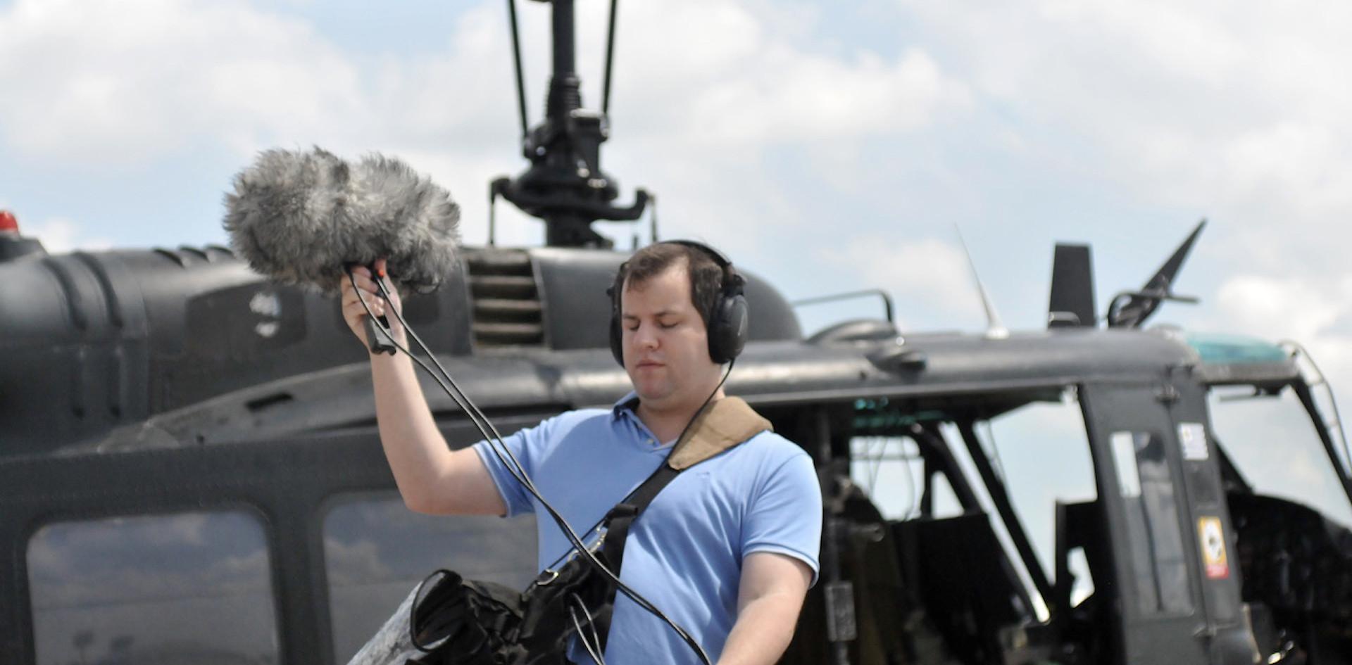 Juan Pablo Culasso grabando helicóptero UH1-H 2018