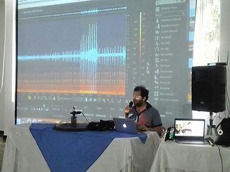 Juan Pablo Culasso en curso de diseño de sonido