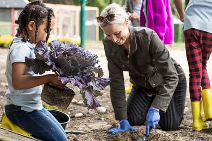 TSH Gardening Cabbage Kids Sandy4_DSC512